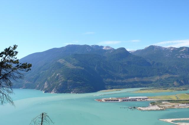 Utsikten från campingen i Squamish